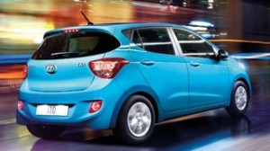 Hyundai i10 motability car rear