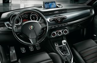 Alfa Romeo Giulietta mobility car interior