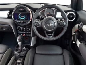 Mini 5 door motability car dash