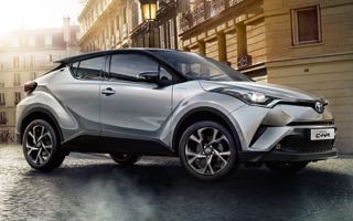toyota-c-hr-motability-car-side