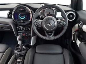 Mini 5 door motability car dash